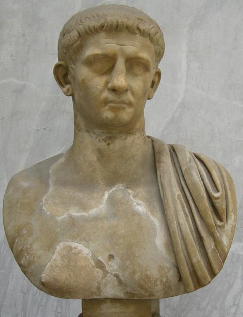 Busto di Claudio, da Priverno. Musei Vaticani.